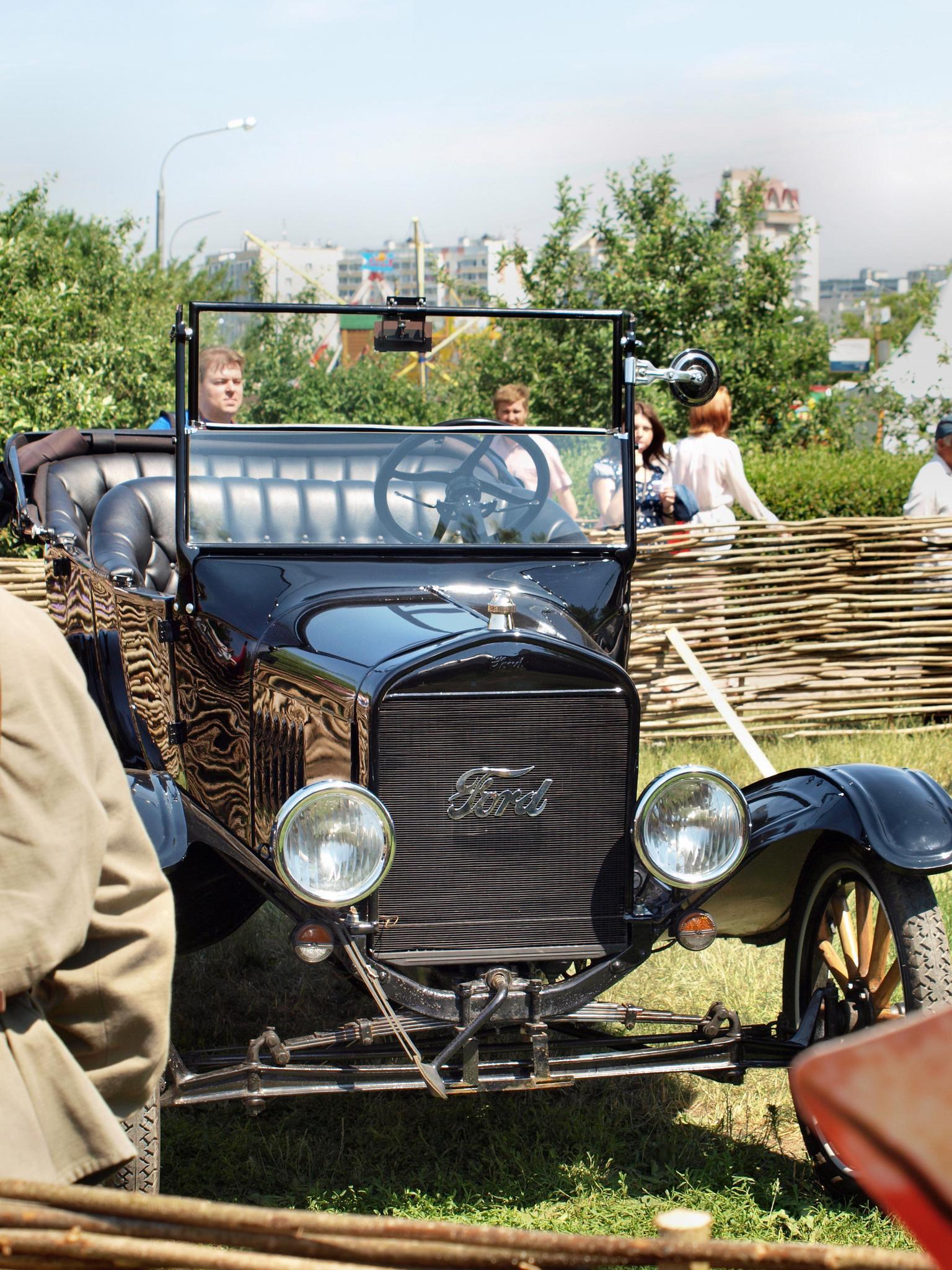 Авто того времени #1. Фотография Малец Михаила Георгиевича